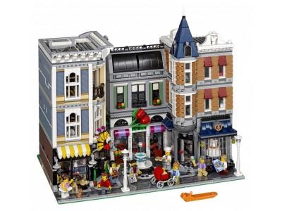 LEGO 10255 - Городская Площадь