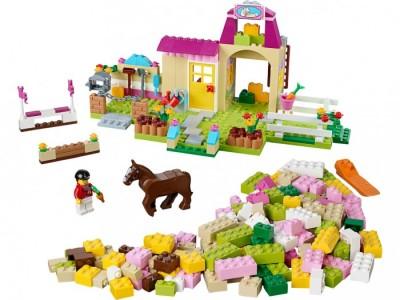 LEGO 10674 - Пони на ферме