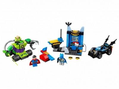 LEGO 10724 - Бэтмен и Супермен против Лекса Лютера
