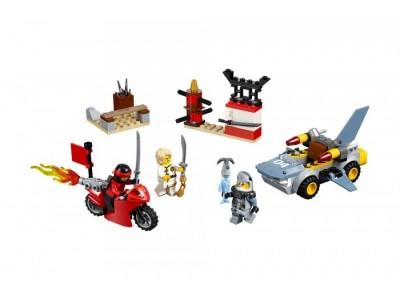 LEGO 10739 - Нападение акулы