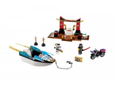 LEGO 10755 - Погоня на моторной лодке Зейна