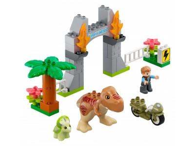 LEGO 10939 - Побег динозавров: тираннозавр и трицератопс