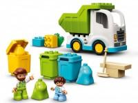 Мусоровоз и контейнеры для раздельного сбора мусора