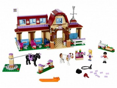 LEGO 41126 - Конный клуб Хартлейк сити