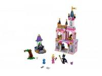 Сказочный замок Спящей Красавицы