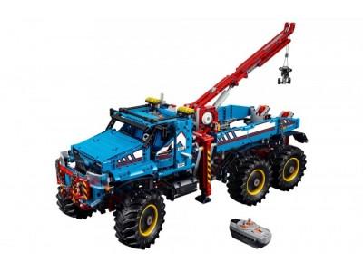 LEGO 42070 - Эвакуатор повышенной проходимости на радиоуправлении