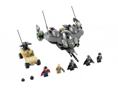 LEGO 76003 - Битва Супермена в Смолвилле
