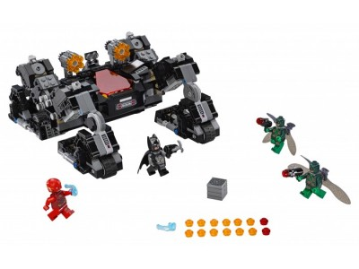 LEGO 76086 - Сражение в туннеле
