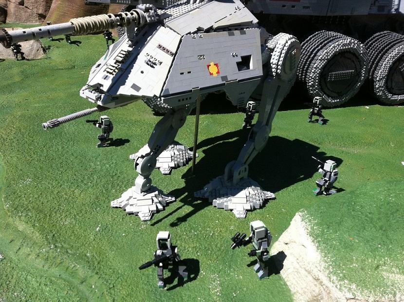 В парках legoland тема звездных войн также